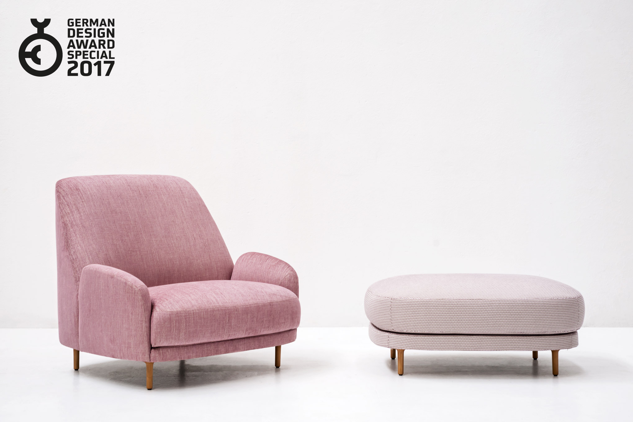 Awards | Tacchini on chaise furniture, chaise sofa sleeper, chaise recliner chair,